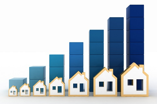 Mortgage Broker Discuss Real Estate Prices