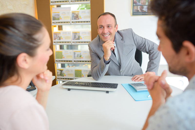 3 questions to ask before engaging a real estate agent